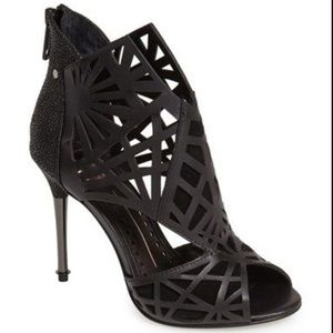 Dolce Vita Black Leather Lazer Cutout Sandals.